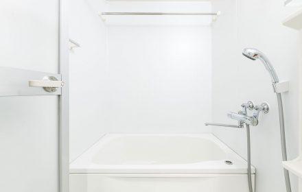 Cambiare-la-vasca-in-doccia-quando-conviene