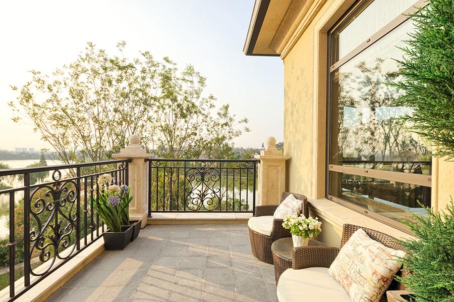 Come arredare il balcone un oasi verde in casa tipitipi magazine