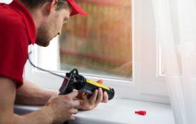 I rimedi per eliminare gli spifferi dalle finestre