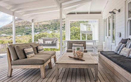 Come costruire e arredare una veranda