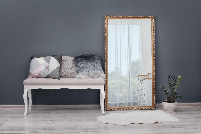 Pareti Con Cornici Diverse come arredare la casa con gli specchi da parete - tipitipi