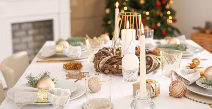 Addobbare Tavola Di Natale Immagini.Come Addobbare La Tavola Per Il Pranzo Di Natale 2019 Tipitipi Magazine